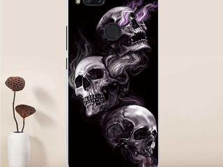 Xiaomi A1 чехлы силиконовые, новые - 85 лей.  Прозрачный чехол - 50 лей.  Чехол выглядит очень круто