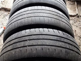Michelin 205-55-R16, Firestone 185-60-R14, 175-65-R14, никаких дефектов/ колпаки на множество машин