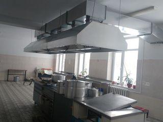 Вытяжки, зонты, системы вентиляции, и т.п. Изготовление, монтаж, обслуживание.
