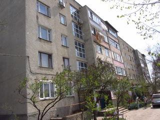 3-х комн. квартира 68кв.м. в Бельцы на Северном Вокзале, по ул. Тимирязева 2