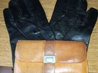 перчатки байкера -кожа размер 8 -200 лей..кошелек кожа 40х годов с Парижской блохи --200 леев