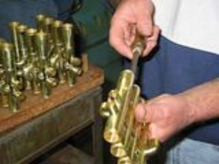 Ремонт медных духовых инструментов.