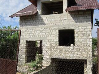 Casa 3 nivele Ialoveni