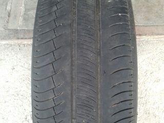 Продам шины Michelin R16