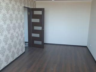 Apartament cu 2 camere si subsol. Floresti