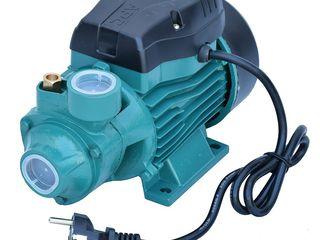 Вихревой поверхностный насос 0.37 кВт APC QB-60 cu livrare gratis si garantie