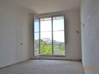 Art Urban Grup propune în zonă de parc super apartament! 2 camere separate 65 m.p.Variantă Albă