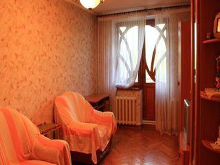 Продаётся или обменивается квартира в г.Каменка на квартиру в Кишинёве