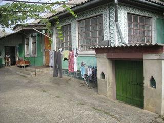 Внимание хороший 1эт  дом  в Яловенах на  участке  6  сот. не  дорого