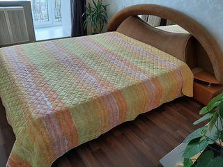 Срочно! Продам кровать в хорошем состоянии.