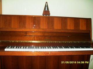 Пианино Ronisch model 115m       3-х    педальное количество клавиш 88