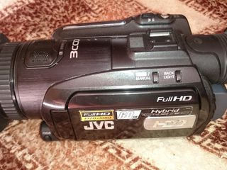 JVC GZ - HD 7 E. - 270 evpo. Комплект. Sony HDR - PS 200 E с видео проектором в упаковке-210 евро