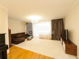 Apartament de lux în 2 nivele, reparație euro, încălzire autonomă, 200 mp, Buiucani, 160000  € !