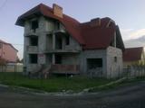 Дом в элитном секторе Миорица, на 12 сотках! Телецентр!!!