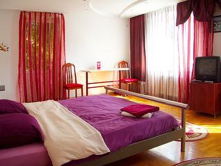 Отдельные апартаменты с двумя спальнями !!!(Индивидуальная парковка) Wi-fi