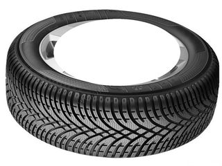 4 pneuri, 205/60/R15, starea 90%