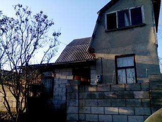Домик-дача ,100 м2 Крузешты