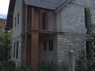 Casa in Gratiesti