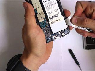 Samsung Galaxy Note 5  Se descară bateria. Noi rapid îți rezolvăm problema!