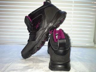 Женские  ботинки  от Reebok  в  ориинале