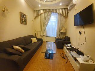 Apartament la sol cu terasa privata !
