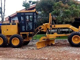 Autogreider Cat 140