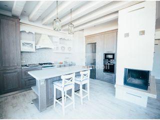 Penthouse superb! 250 mp + terasă, reparație euro, mobilat și utilat, Râșcani 225000 €