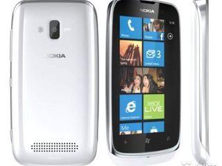Nokia Lumia 610 8GB Windows - 300L в хорошем состоянии