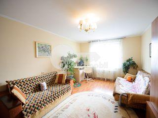 Apartament cu 4 camere, 121 mp, Poșta Veche, str. Socoleni, 95000 € !