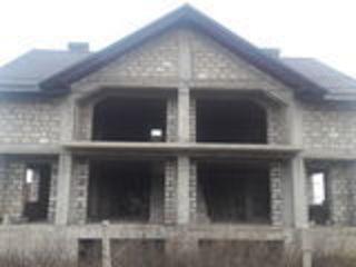 Se vinde Casa Duplex de 150 mp cu teren 3ari si garaj, Ialoveni, 35000 euro
