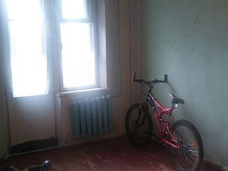 Продам 2-комнатную квартиру село Дзержинское