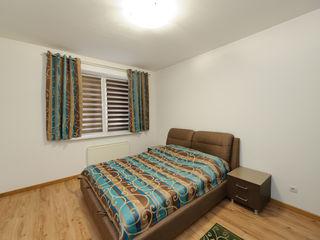 Apartament cu 3 camere în bloc nou, Centru, 600 € !