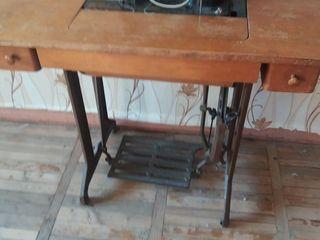 швейная машина Подольск СССР рабочая плюс электродвигатель