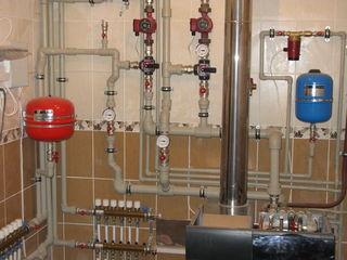 Монтаж системы отопления и водоснабжения