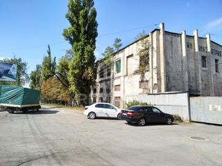 Chirie Depozit 2800mp, Centru str. Ismail, 3360 €