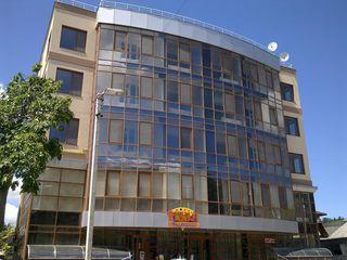 продам 3-х комнатную квартиру в городе Кахул или меняю на Кишинев