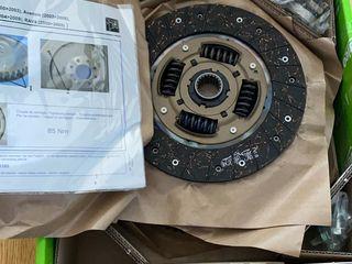 Комплект сцепления Valeo новый из Германии D4D 2.0D