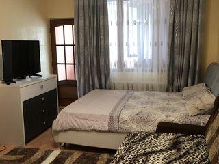 Продаётся 2-х комнатная квартира в центре Комрата!