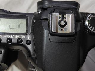 Продам  canon eos 40 d+  обьяктив  75-300 + сумка +  2  аккумулятора + флэшка