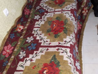 ковёр 2,50 х 2    фабричный 350 лей