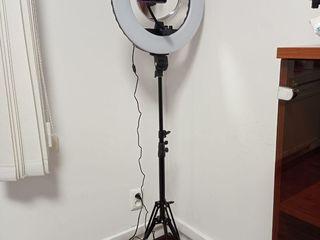 Лампа для селфи на штативе с зеркалом 1999 лей Бесплатная доставка по всей Молдове