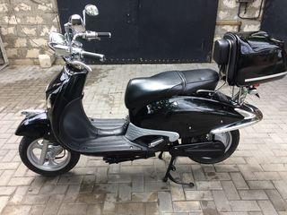 Другая марка Электро скутер.