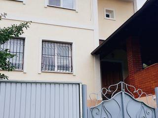 Vila  - Casa Schinoasa Telecentru exceptionala