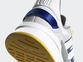 Adidas RUN90S новые кроссовки оригинал .
