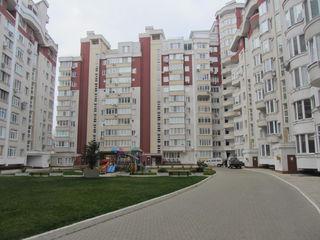 Сдаю 3-х комн. квартиру 100кв.м. в центре по ул. Л. Толстой 26б