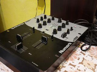 Dj Mixer Numark DM 1050. Двухканальный микшерный пульт.
