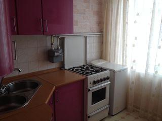 Сдается 2-х комн.квартира в центре Рышкановки. На долгий срок. Уютная, теплая. 200 евро.