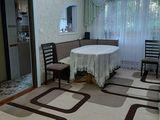 Продаётся 3-х комнатная квартира (на 2-ом этаже пятиэтажного дома) в центре города (ул. Гуданова 20)