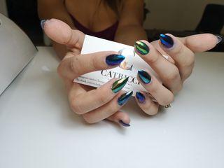 Маникюр, педикюр,наращивание ногтей,покрытие гель-лаком.manichiura-pedichiura, shellac. alungirea un
