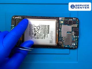 Samsung Galaxy A50 (2019) A505 АКБ сдает позиции? Заберем и заменим в короткие сроки!